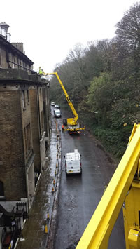High reach gutter clearance