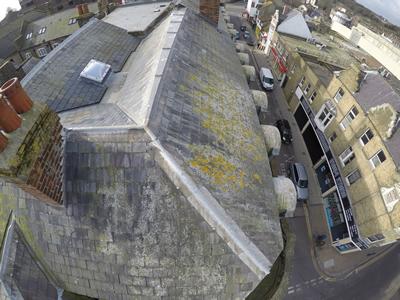 Roof camera